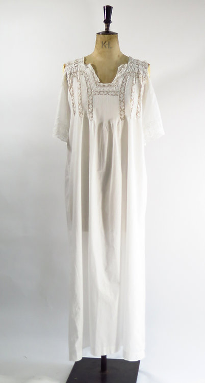 1910's Antique Night Dress