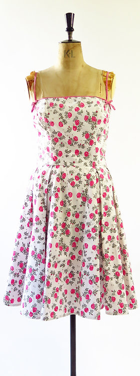 1950s Rose Novelty Print Full Circle Swing Dress