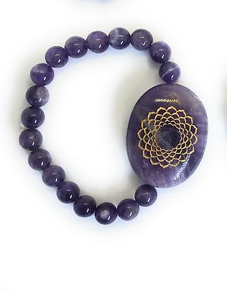 Sahasrara Symbol Engraved Crystal Bracelet: Amethyst