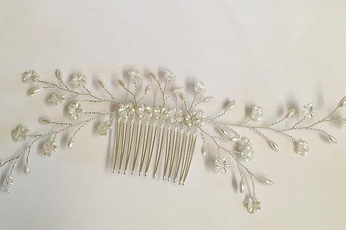 Hair Comb flowers & pearls