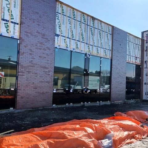 Nettoyage de brique sur projet de construction neuve