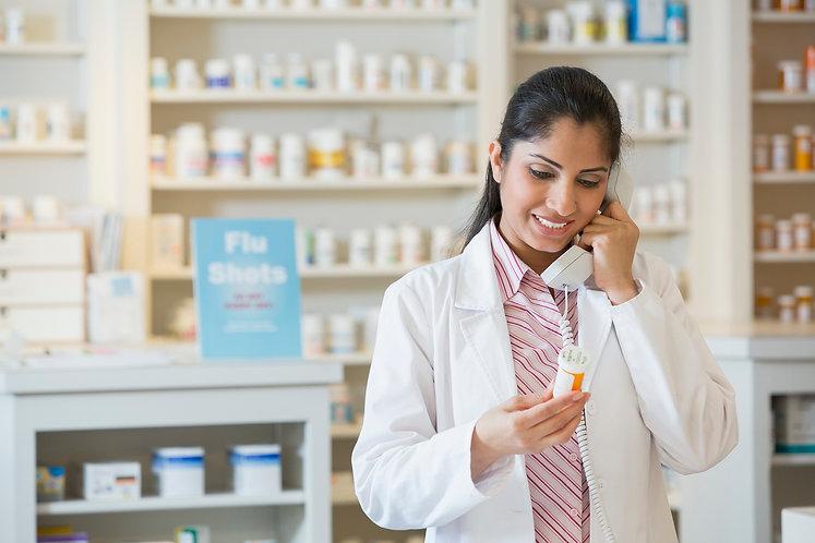 pharmacisttalkingonphoneg_1527425.jpg