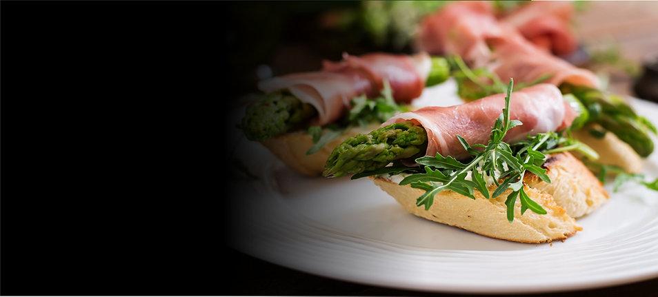 toasts-sandwich-with-asparagus-arugula-a