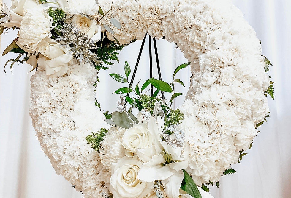 Petite Wreath Easel