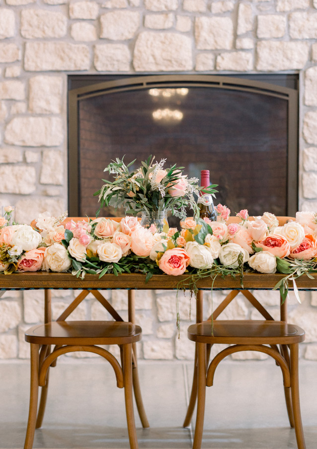 Head table garland. Photo by Shasta Bell