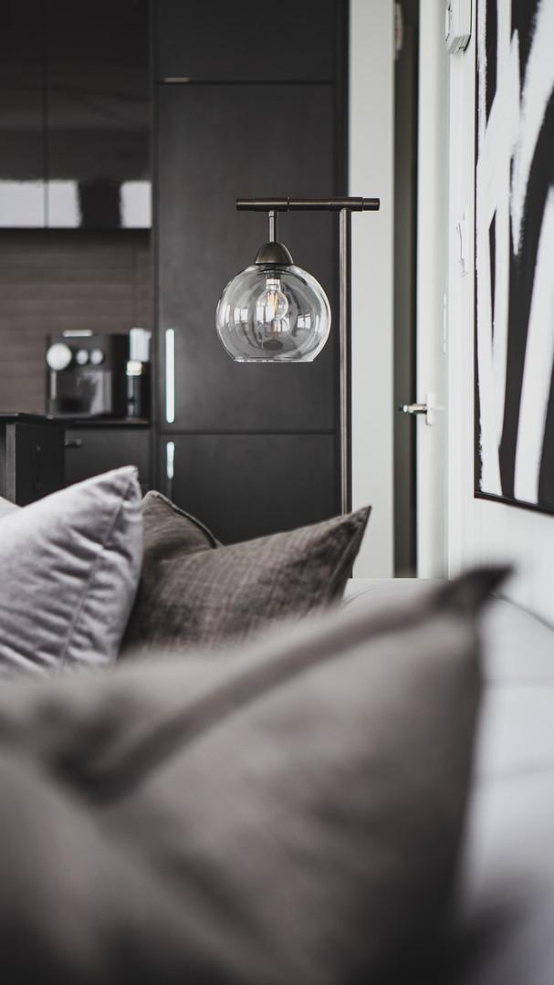 Living Room Floor Lighting