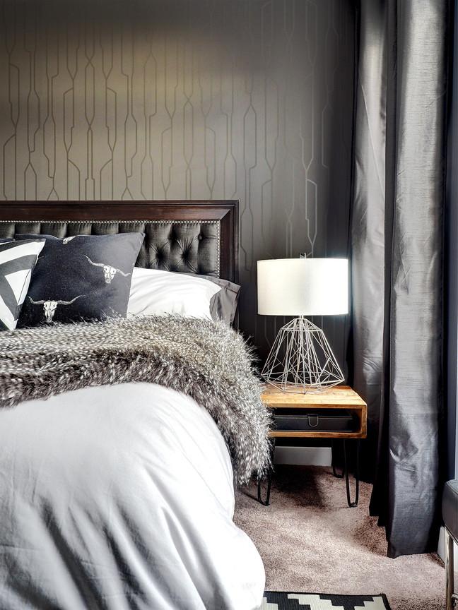 Master Bedroom Bedside Table & Lamp