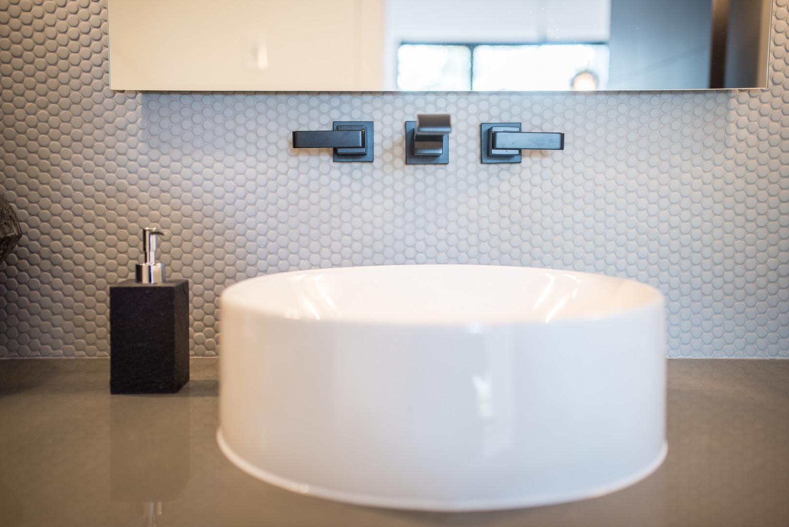 Bathroom Sink & Black Taps