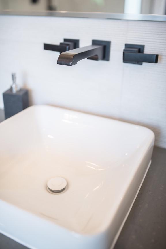 Ensuite Sinks & Black Taps