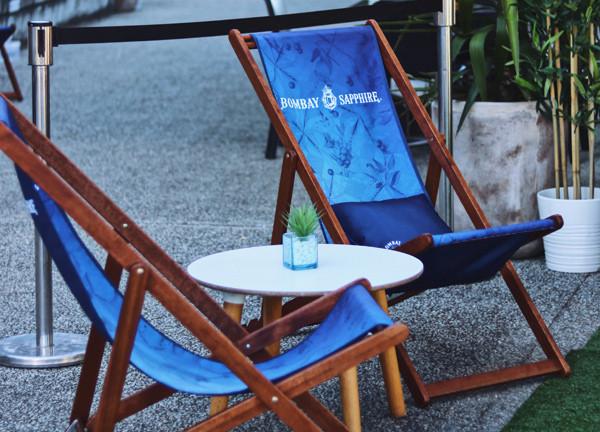 bombay-sapphire-deck-chair.jpg