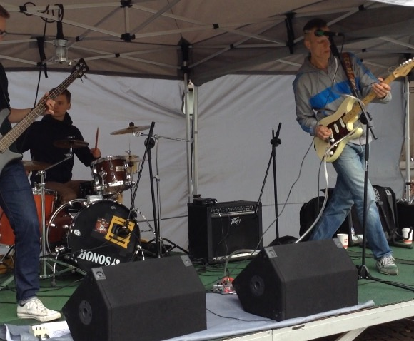 Saturday 16th Sept. A tasty performance at the Street Food Festival !