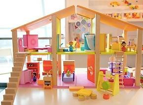 Children Wooden Building City Blocks Hong Kong kindergarten Teaching Materials香港 幼稚園・兒童・木製圖形顏色・桌面教具