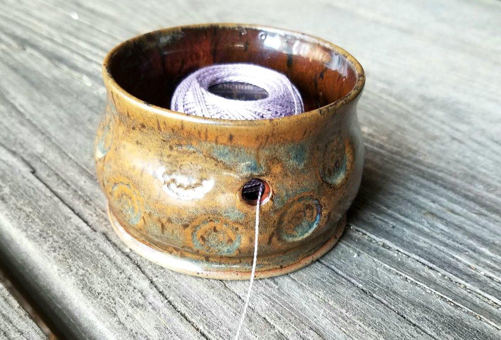 Full lotus pottery