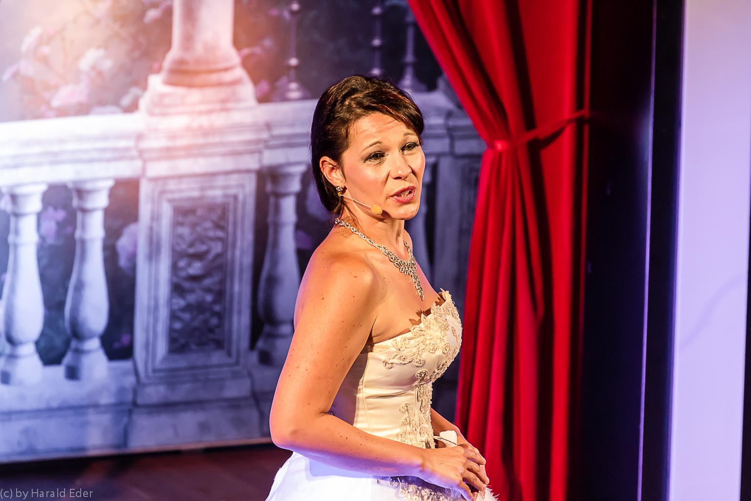 Jennifer Eder - Musicalsängerin