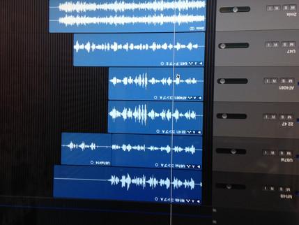 R mic officeでのレコーディング風景
