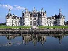 1280px-France_Loir-et-Cher_Chambord_Chateau_03.jpg