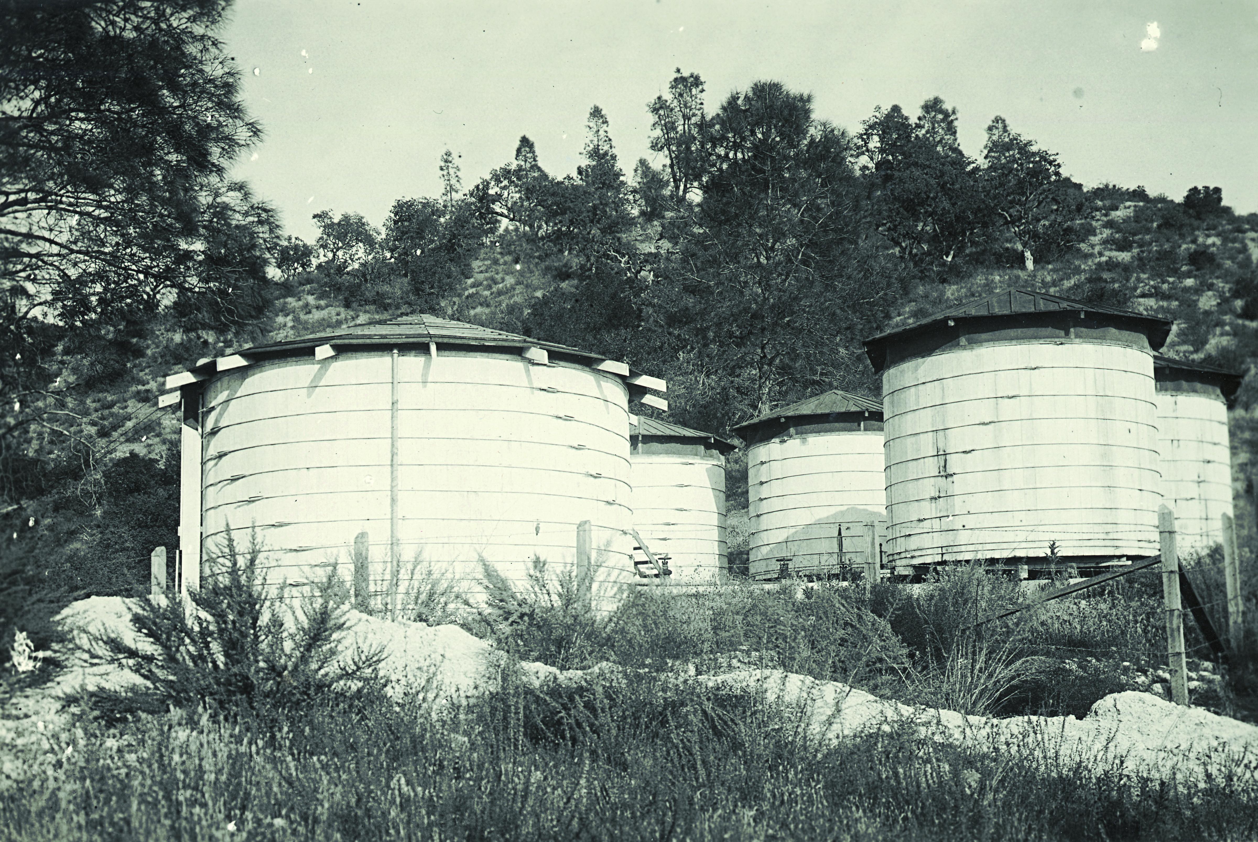 AMWC Tanks