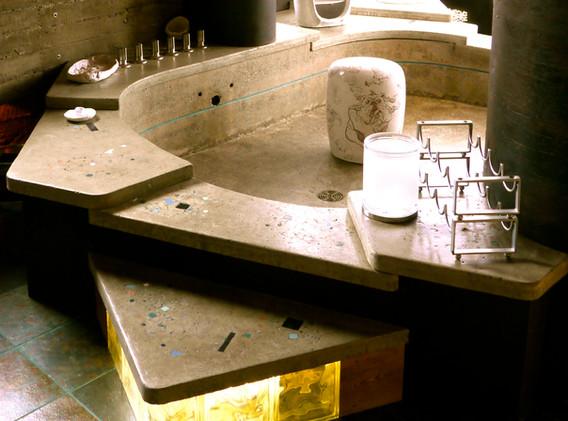 Detail Bruce 2.JPG