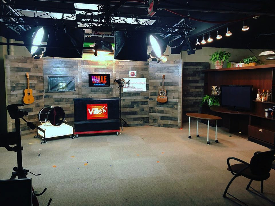The New Ville TV set!