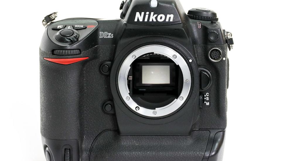 S/H Nikon D2Xs Body