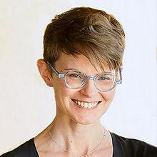 Leah-Harper-headshot-02.jpg