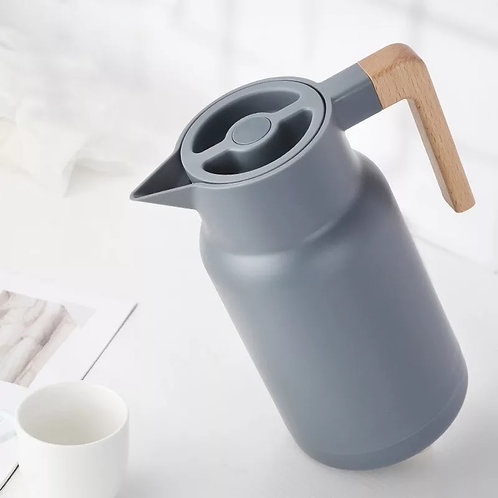 Kettle Flask with Wooden Handle