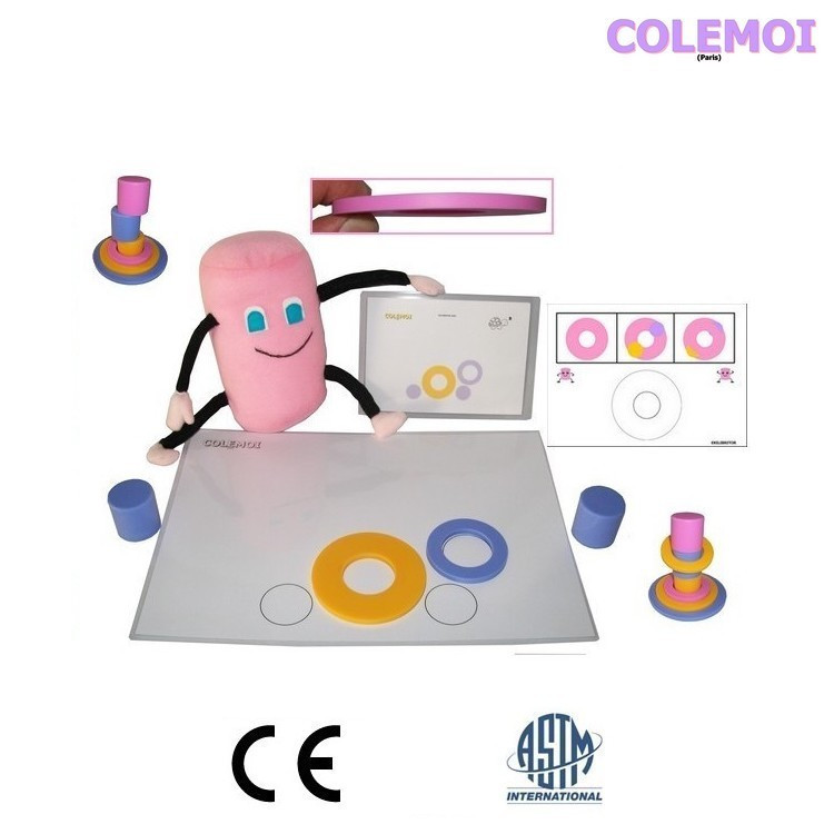 Ekilibritor Baby Sweet-Eki plush showing playing card, pieces and playing board.