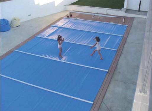 Benefícios das coberturas para piscinas
