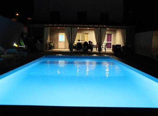 Uma piscina não se vende, concebe-se, por isso não tem preço, tem valor!
