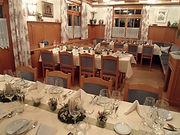 Tischreihen im hinteren Stüble