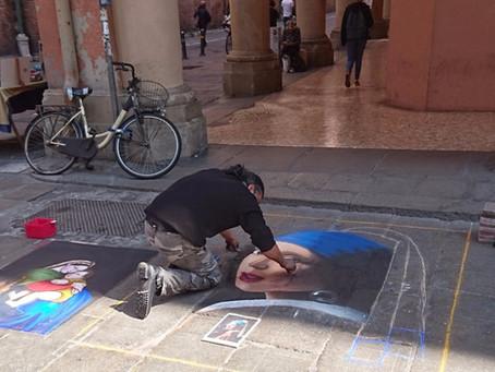 Bolonya'nın En Renkli Caddesi