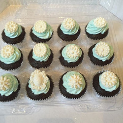 These #chocolate #cupcakes with #swissmeringuebuttercream are going to the party too! #happybirthday