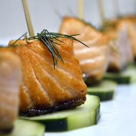 Cucumber Salmon Bites with Cilantro Cream