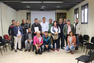 16 agricultores de AlVelAl apuestan por el suelo y el paisaje