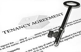 signing-new-tenancy-agreement-18906368.j
