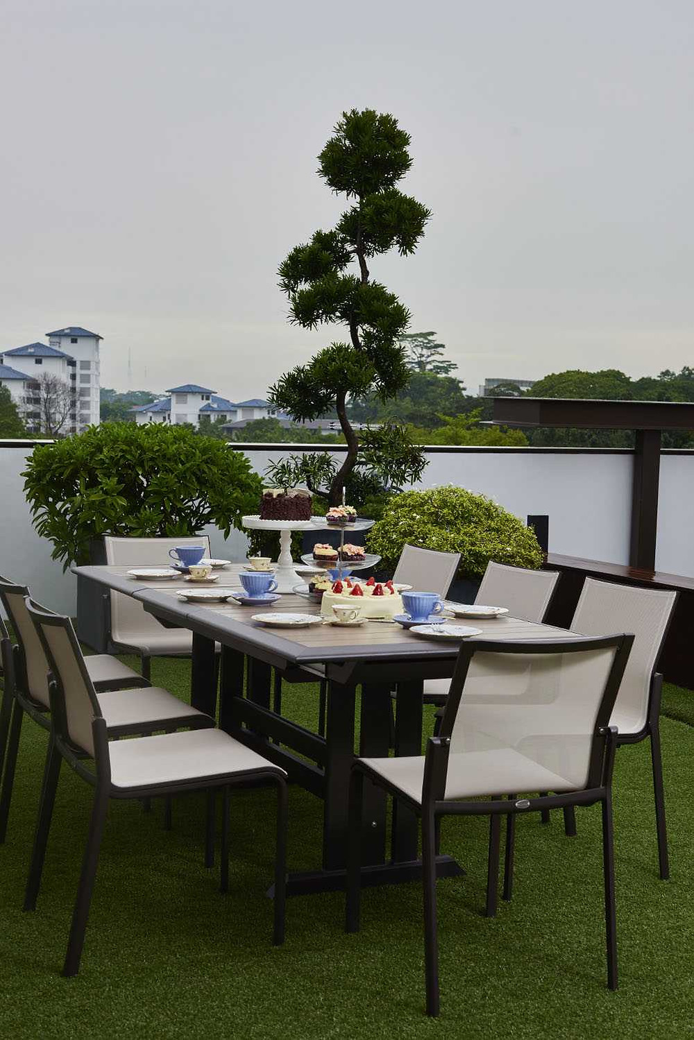 Japanese-Inspired Outdoor Dining Good Class Bungalow  Natural stone Exotic stones Yeni Grey Magma Black granite Forest Onyx Nero Marquina Walnut Travertine Palisandra Gold Shanxi Black Singapore  Cable Road Leedon Park Chestnut Crescent District 10 award winning residential interior design Hotel look powder room bathroom luxurious premium high end timeless