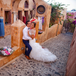 100_Alex and Olga_Santorini 2016.jpg