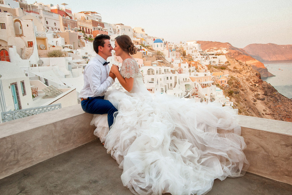 132_Alex and Olga_Santorini 2016.jpg