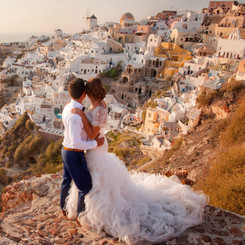 114_Alex and Olga_Santorini 2016.jpg