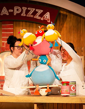 049_Twirlywoos_Pamela Raith Photography.