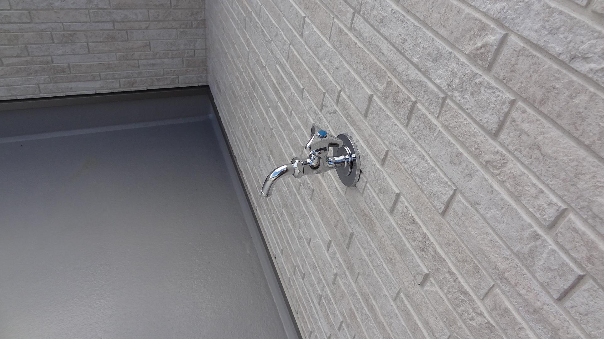 ルーフバルコニー水栓