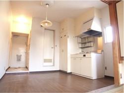 玄関・お風呂・キッチン