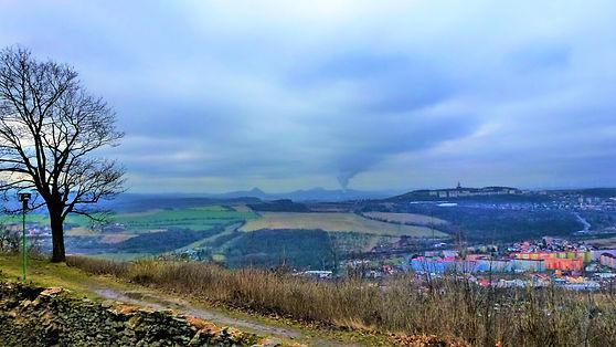 Pohled z Doubravky na část Teplic, elekt