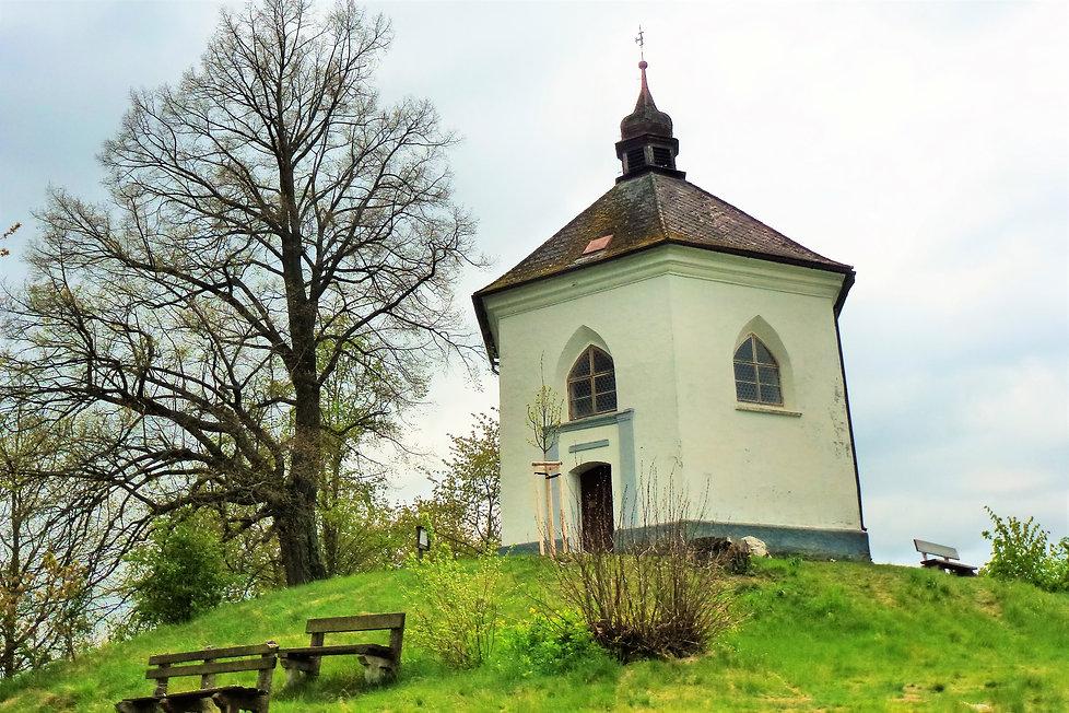 Kaple Nejsvětší Trojice v Bystřici nad Ú