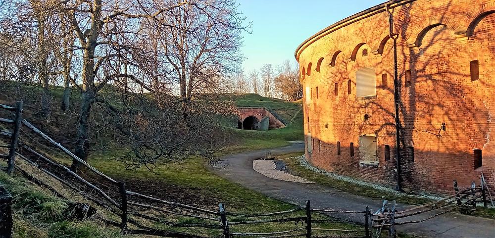 Ve fortu XVII Křelov jsou  pořádány pravidelné komentované prohlídky po redutách i kasematech
