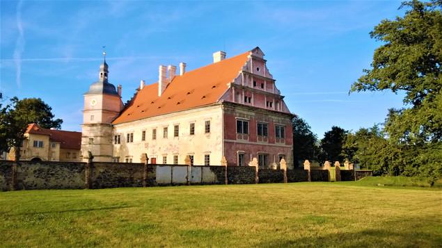Galerie: Národní kulturní památka zámek Červené Poříčí