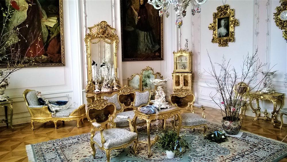Krása Zlatého salonku na zámku v Náměšti na Hané
