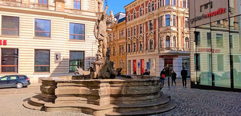 NKP Merkurovu kašnu považují odborníci za umělecky nejhodnotnějších ze souboru olomouckých barokních kašen