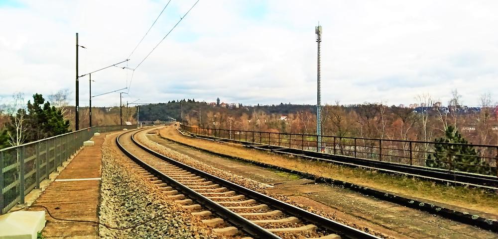 Most Inteligence by mohl být nejdelším dvoukolejným železničním mostem Evropy, kdyby tam někdo tu druhou kolej dal