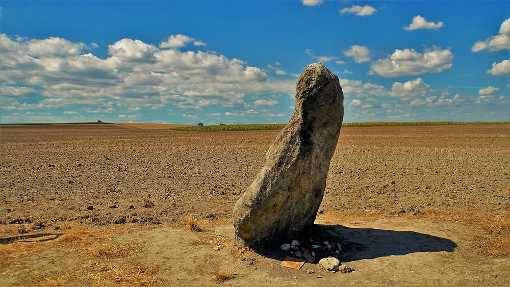 Druhý největší český menhir - Zakletý mnich